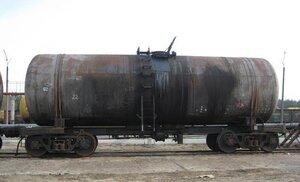 Сегодня пять цистерн с мазутом сошли с рельсов во Владивостоке