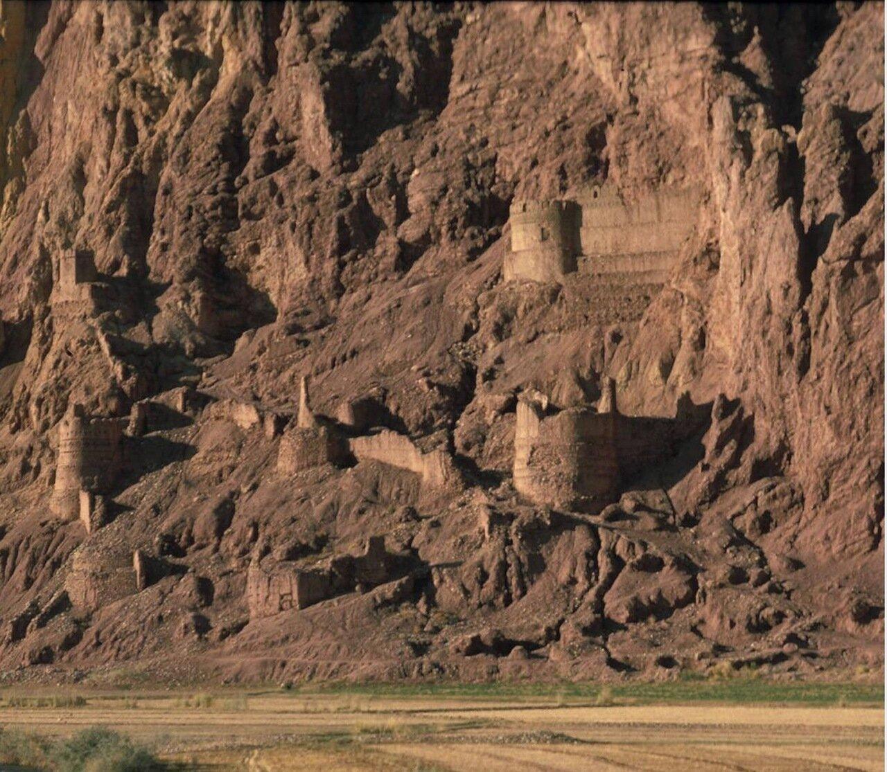 Красный город  долины Бамиан