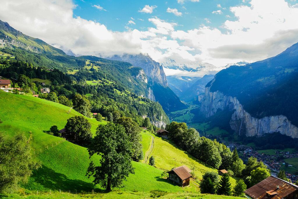 Ущелье в Альпах