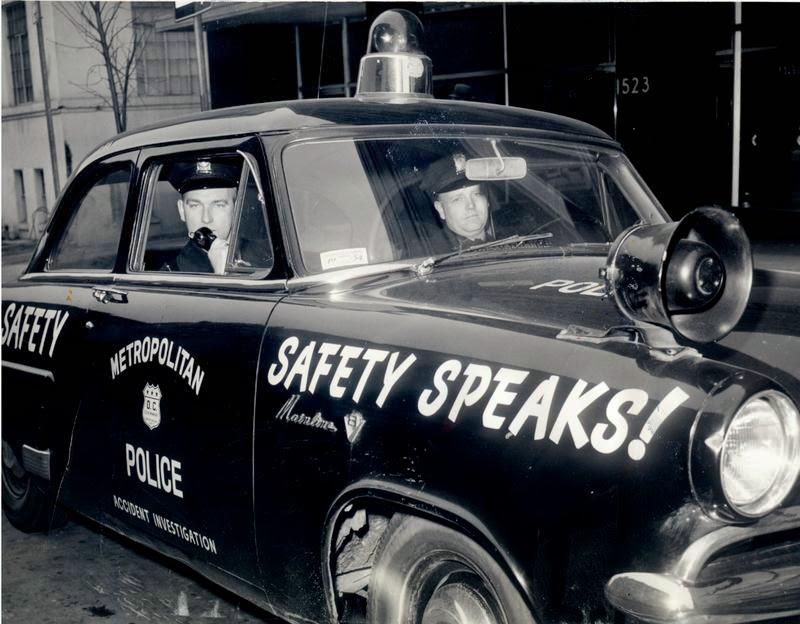 Washington D.C. Metropolitan Police M.P.D. in the 1950s (6).jpg
