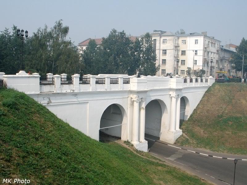 Мост над Красным спуском