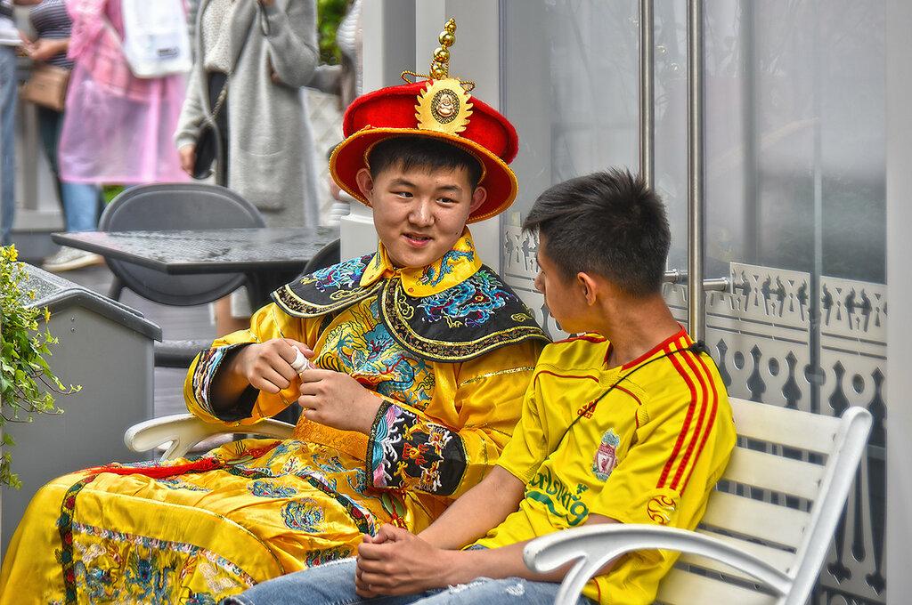 Национальный наряд императора династии Цин (Китай)