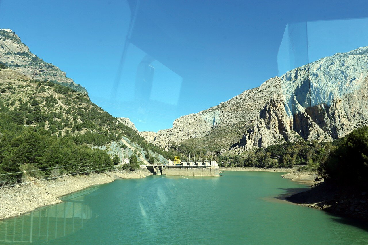 El Chorro. The reservoir of the Tajo de La Encantada (Embalse Tajo de la Encantada)