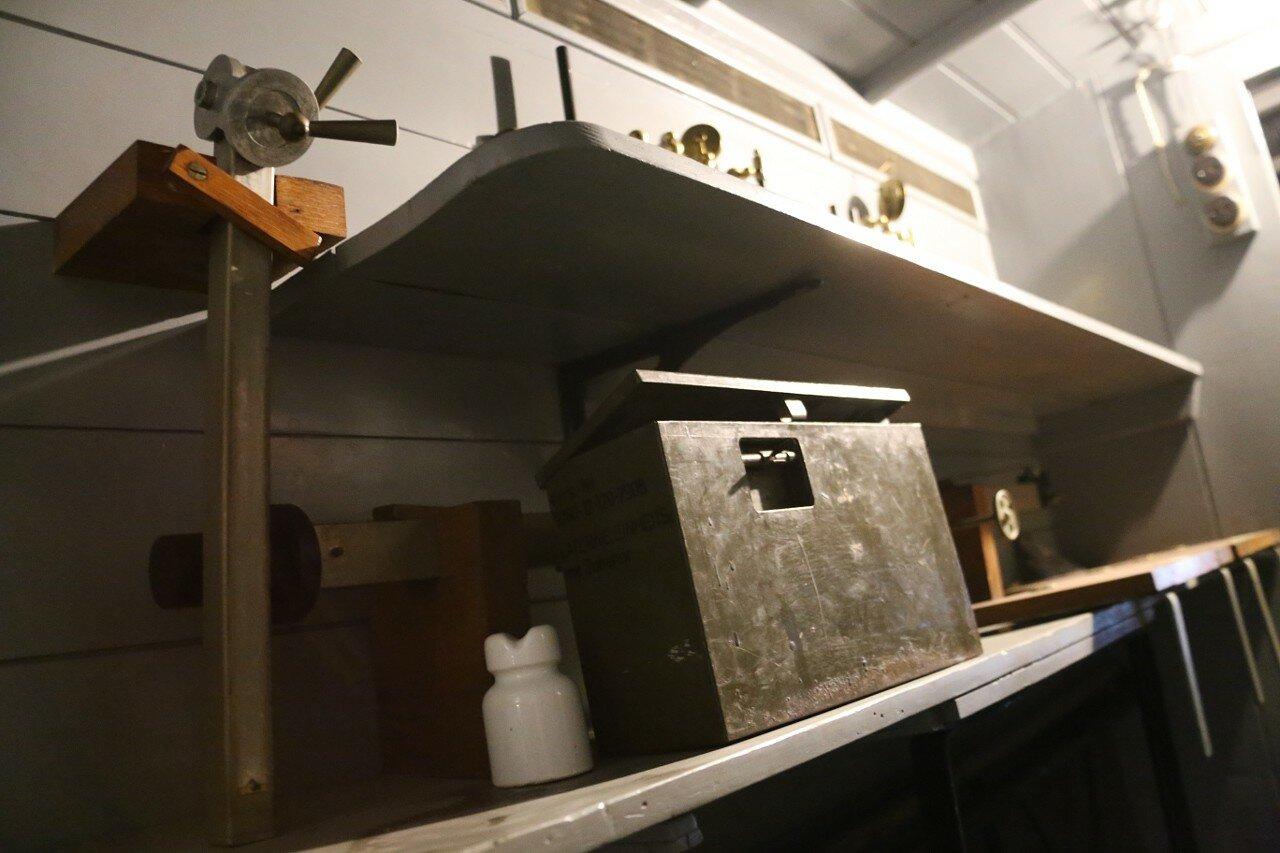 Стамбул. Музей Рахими Коча. Грузовик Albion A10 Mk 1, передвижной рентгеновский кабинет