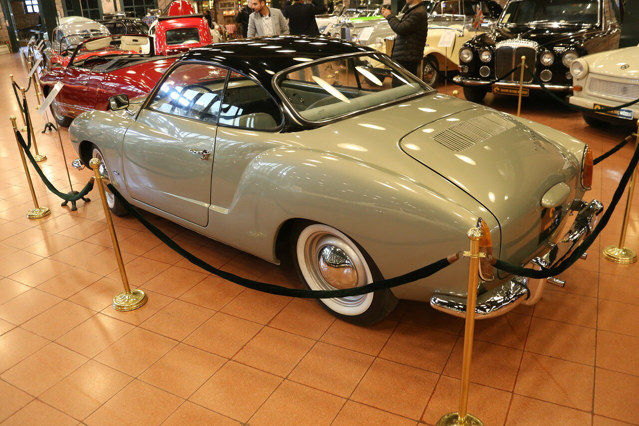 Стамбул. Музей Рахими Коча. 1959 Volkswagen Karmann Ghia