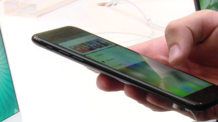 Составлен список ТОП-10 мощнейших телефонов вмире