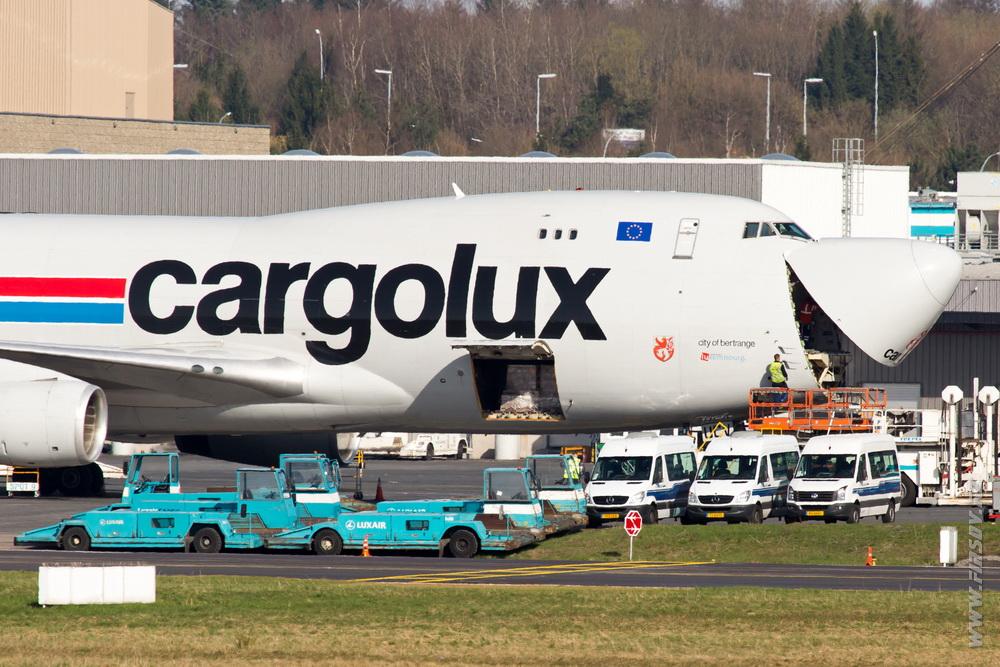 B-747_LX-UCV_Cargolux_5_LUX_ .JPG