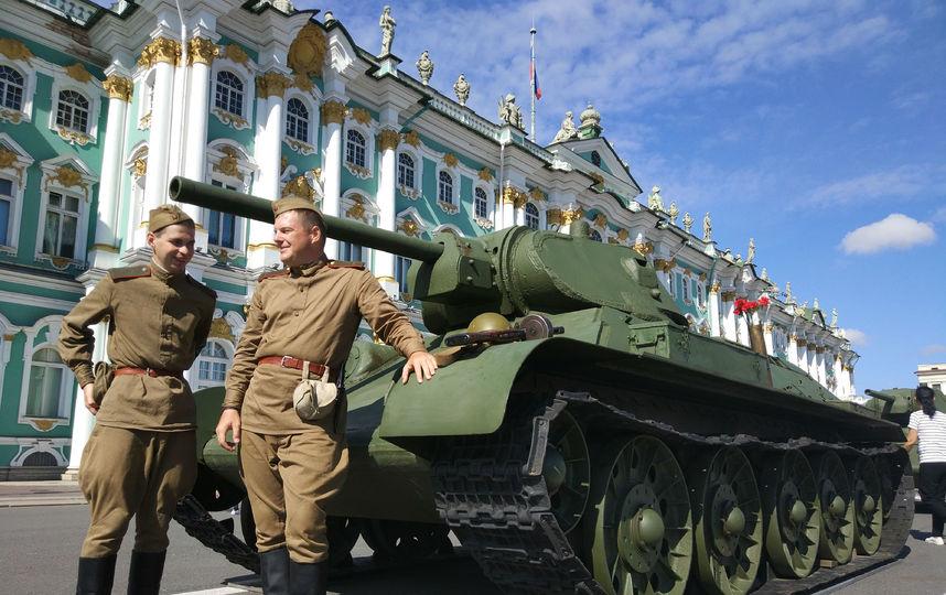 20170808_16-55-Военная техника прибыла на Дворцовую площадь~pic05