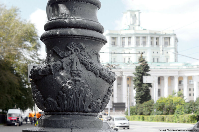 21. Суворовская пл. фонари. 31.07.17.01..jpg
