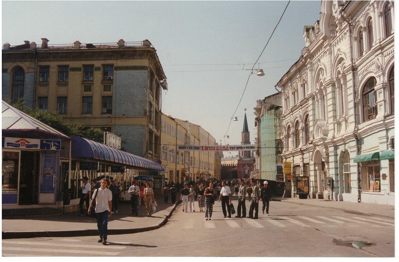 560271 Никольская улица, пересечение с Богоявленским переулком.jpg