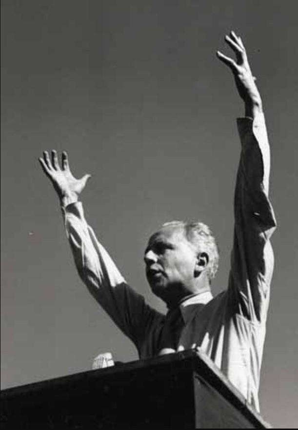 1949. Луи Арагон