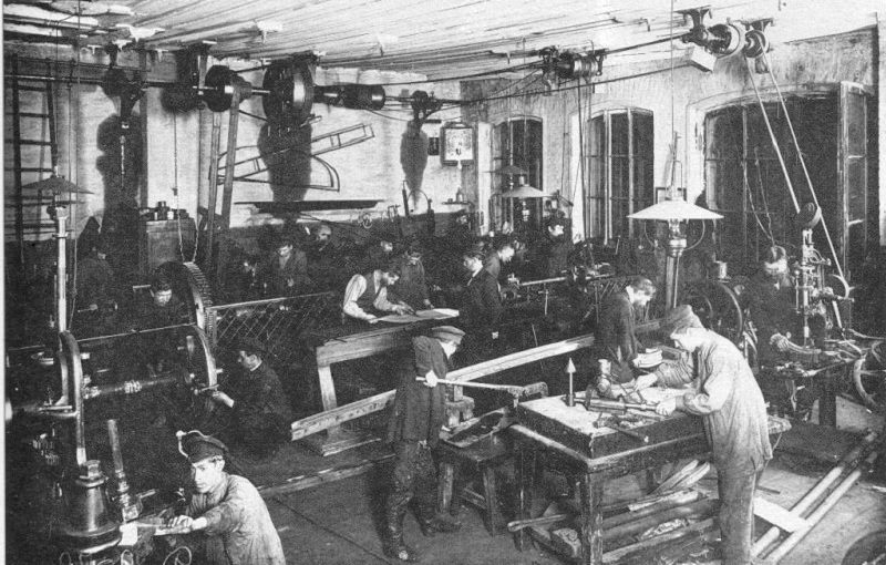 conditions for factory workers in russia The roles of women changed dramatically over the course of history in soviet russia under different leaders and economic and physical conditions.