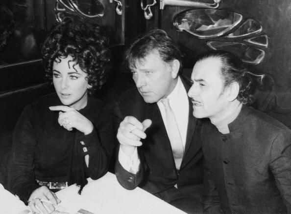 Richard Burton And Elisabeth Taylor At Maxim S At Paris In France