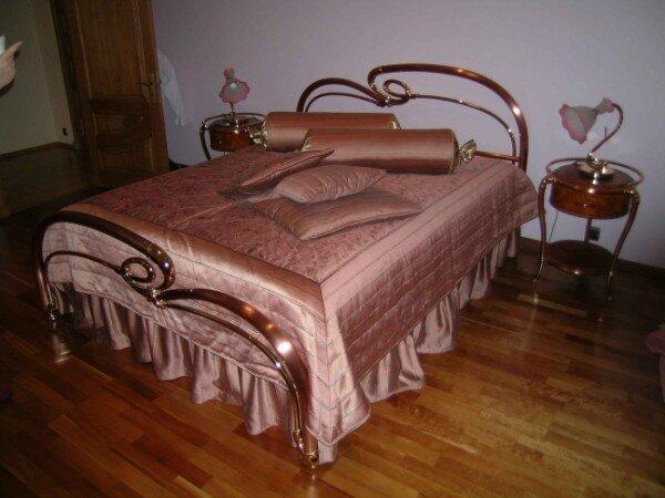 пошив покрывала на кровать своими руками.