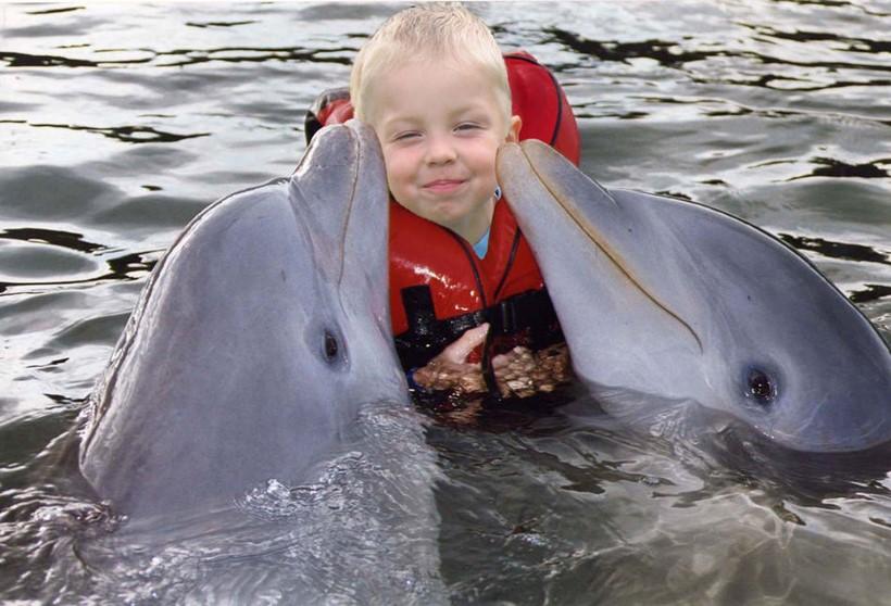 Беременная женщина и дельфин акушер 0 12e239 93d4d3c orig