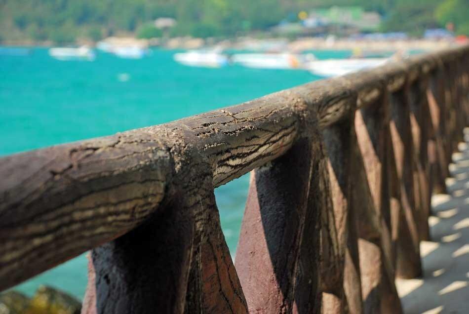 Мост к пляжу Тьен на Ко Лане