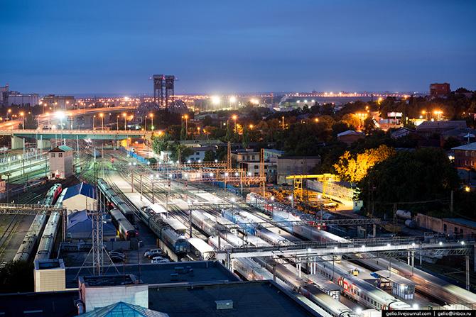 Железнодорожный вокзал Ростов-Главный.