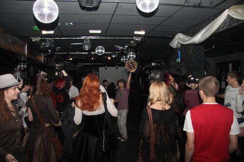 """Доска почёта, или Под прицелом - 2. Отчёт с вечеринки в клубе """"8 1/2 долларов"""", 1-го октября. (Фото 15)"""