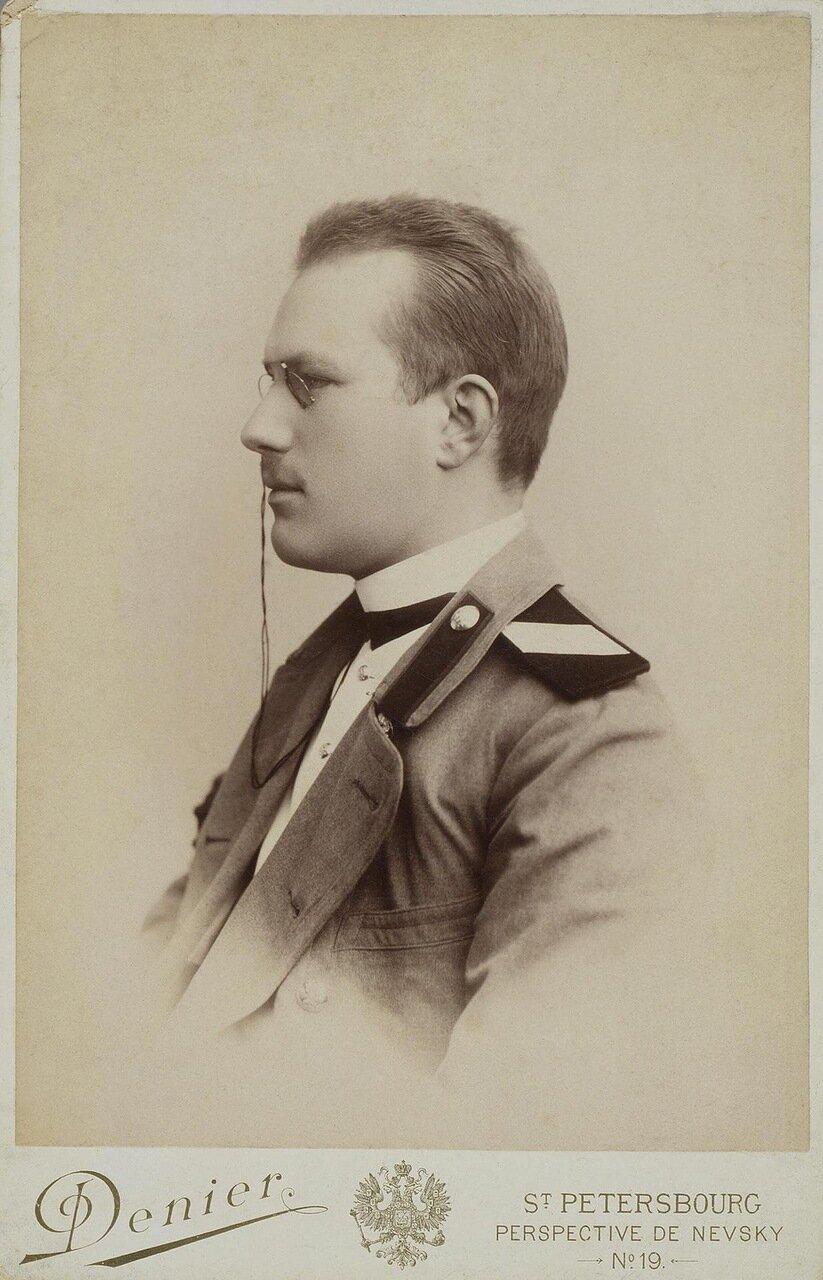 Портрет студента Императорской Медико-хирургической академии. 1880