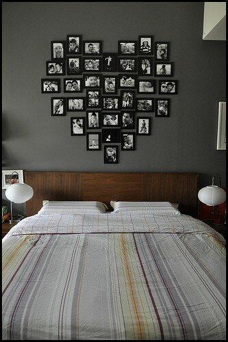 This gallery contains.  Рамки с фотографиями на стене - это беспроигрышный вариант декора интерьера.