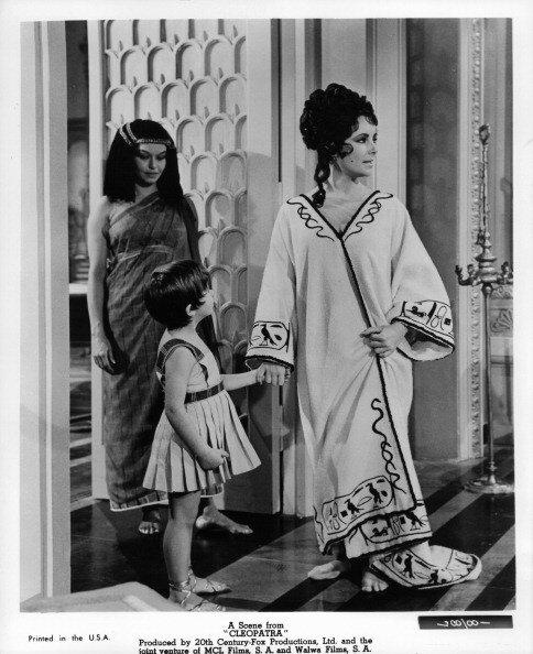 Elizabeth Taylor In 'Cleopatra'