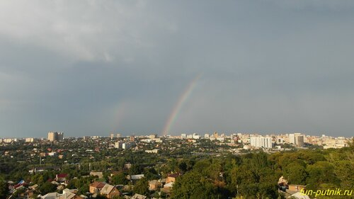Огромная радуга после грозы над Ростовом