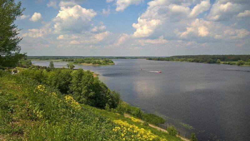 Волга в районе Городни