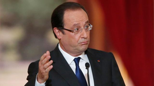Президент Франции больше не скрывает свои отношения с актрисой