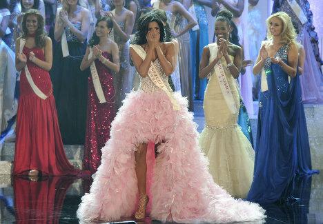 Победительница конкурса Мисс Мира 2011 - Ивиан Лунасоль Саркос Кольменарес