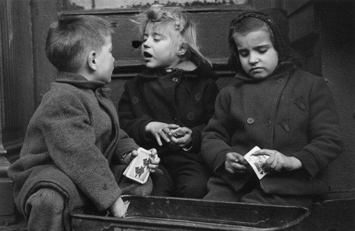 Ruth Orkin.Children
