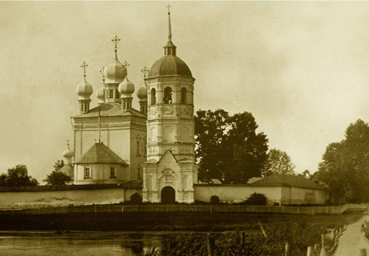 Троицкий Небин монастырь