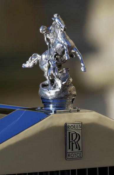 Queen Rolls Royce Emblem, UK