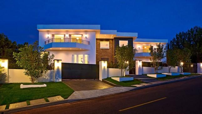 Особняк за 12 миллионов в Лос-Анджелесе