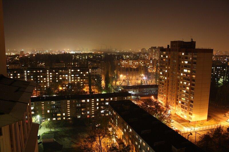 Вечер. Вид с балкона.
