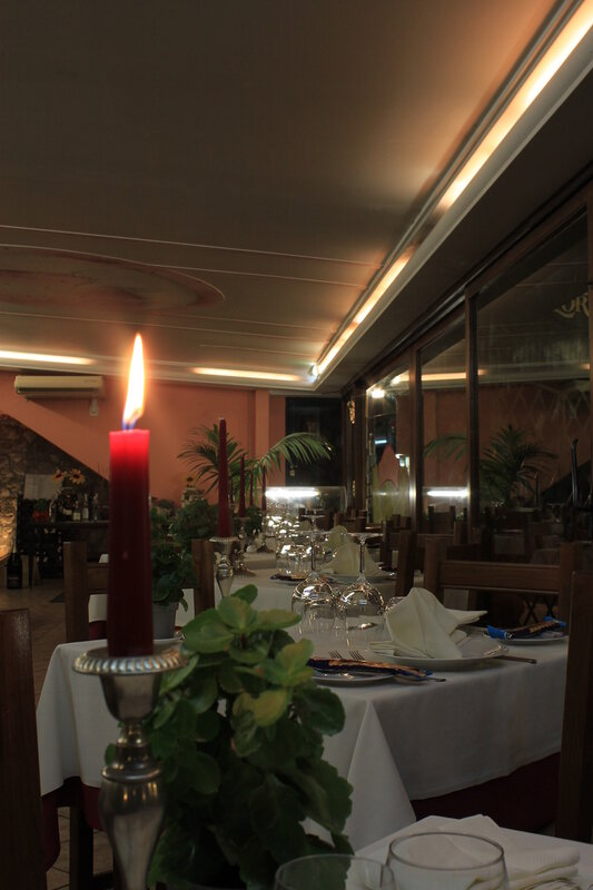 Интерьер ресторана Da Lorenzo. Таормина