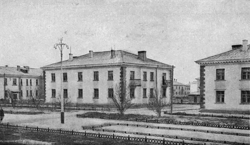 Жилые дома в Ленинском районе. 1946-1948 гг.