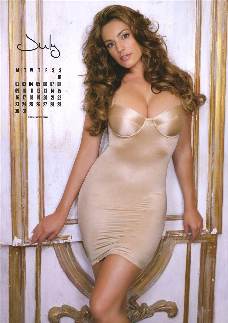 Kelly Brook / Келли Брук - официальній календарь на 2012 год - июль