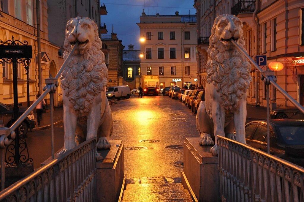 Фото вечернего Санкт-Петербурга, Театральная площадь