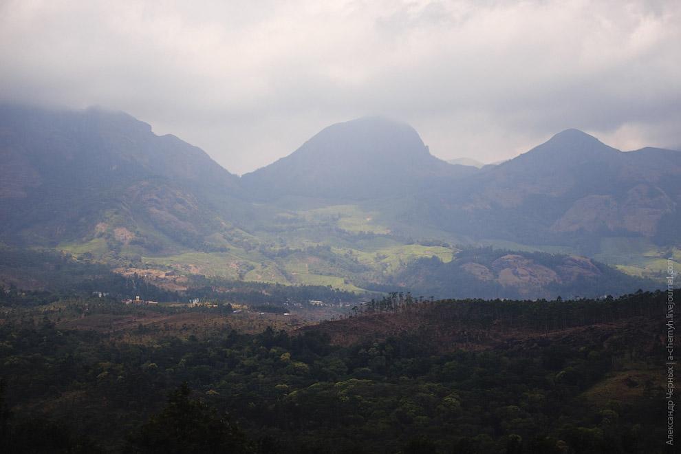 Горы, даже такие, без острых гребней и снежных шапок, все равно остаются горами.