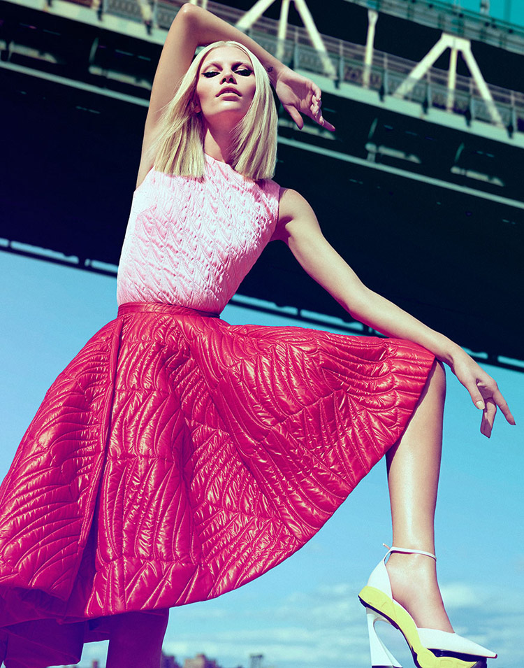 Алина Вебер (Aline Weber) в журнале Harper's Bazaar Singapore