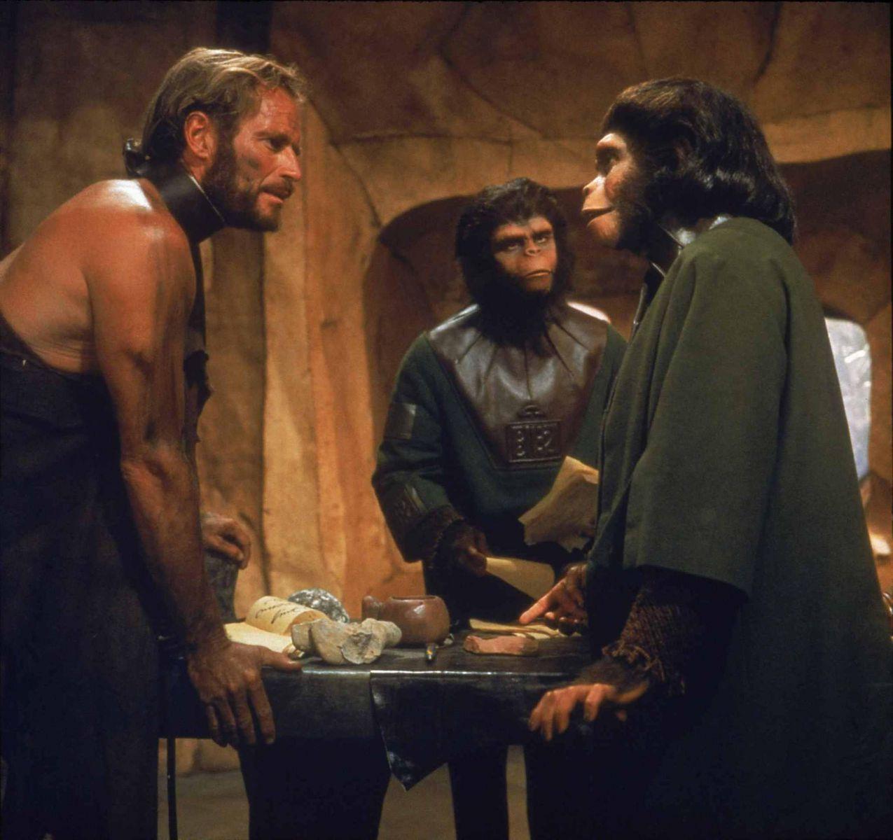 С франшизой «Планета обезьян» за ее многолетнюю историю происходило столько всего, что об этом можно
