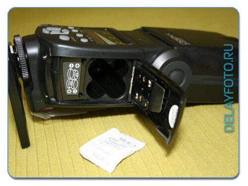 Универсальная фотовспышка yongnuo yn560