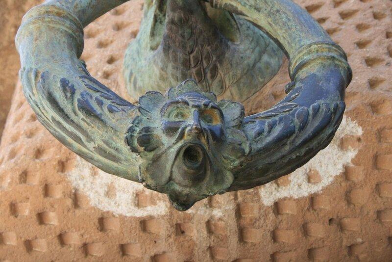 Альгамбра, Дворец Карла V, ручка