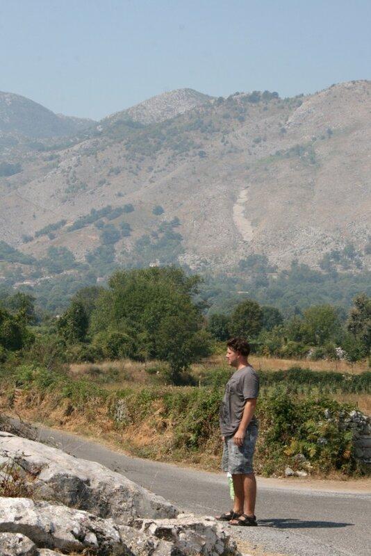 Дорога на Скадарское озеро