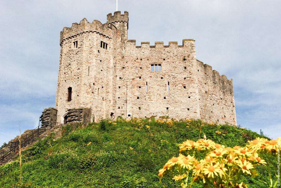 Кардиффский замок. Уэльс