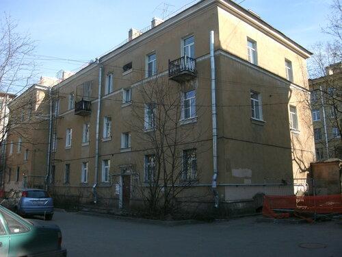 Гданьская ул. 4