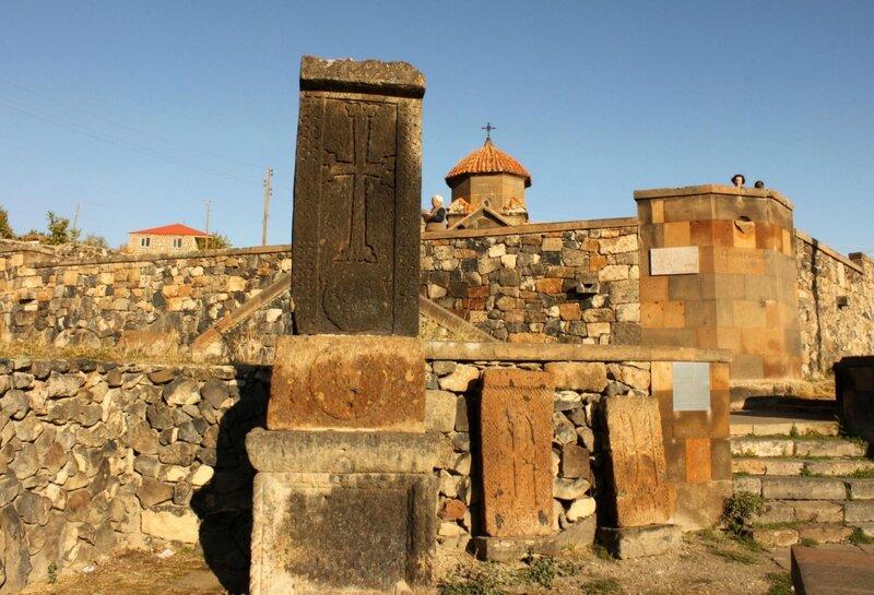 Церковь Кармравор в Аштараке