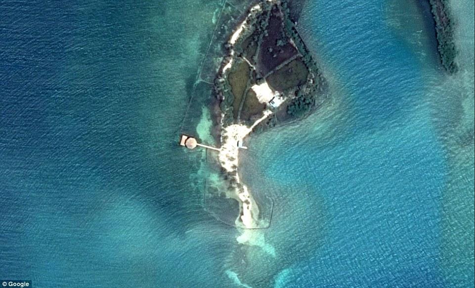 Продается частный остров в Карибском море за £400 000