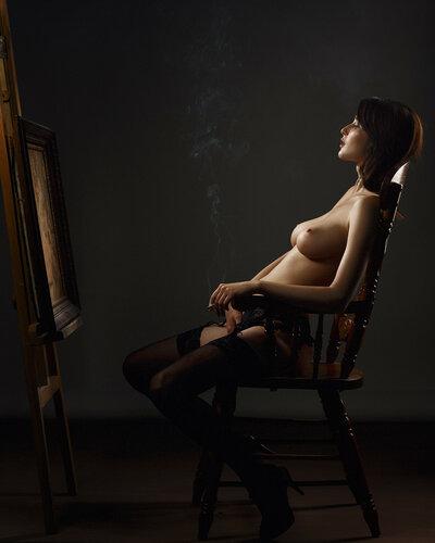 Девушки курят (2). 18+