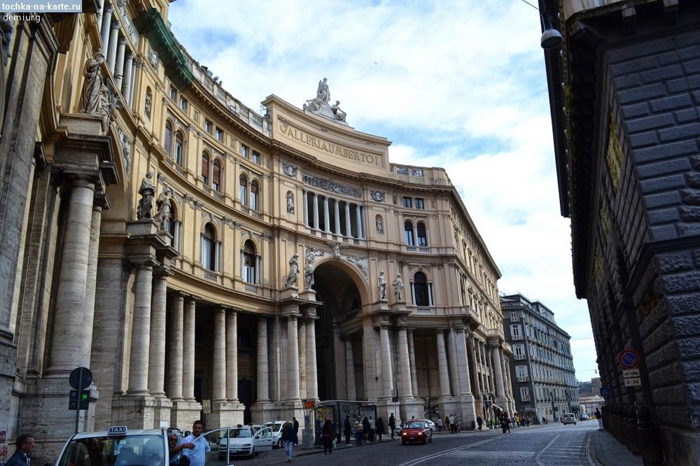 814-Galereja-Umberto-I-v-Neapole_resize.jpg